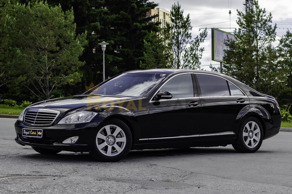 Аренда Mercedes-Benz S-class W221 Long black с водителем в Новосибирске